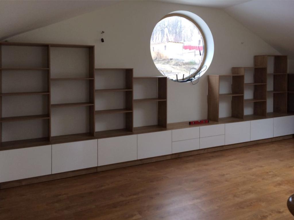 Нестандартная торговая мебель МДФ - стеллаж для хранения